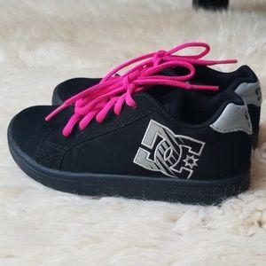 DC Classics Suede Skate Shoes Unisex